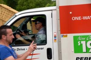 Thomas fährt unseren Truck. Foto: co