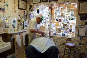 Angel rasiert: Sein Arbeitsplatz, inzwischen streng von der Öffentlichkeit abgeschirmt. Foto: co
