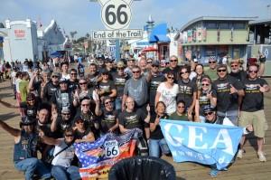 Angekommen: Die Teilnehmer der GEA-Leserreise am Ende der Route 66. Foto> co